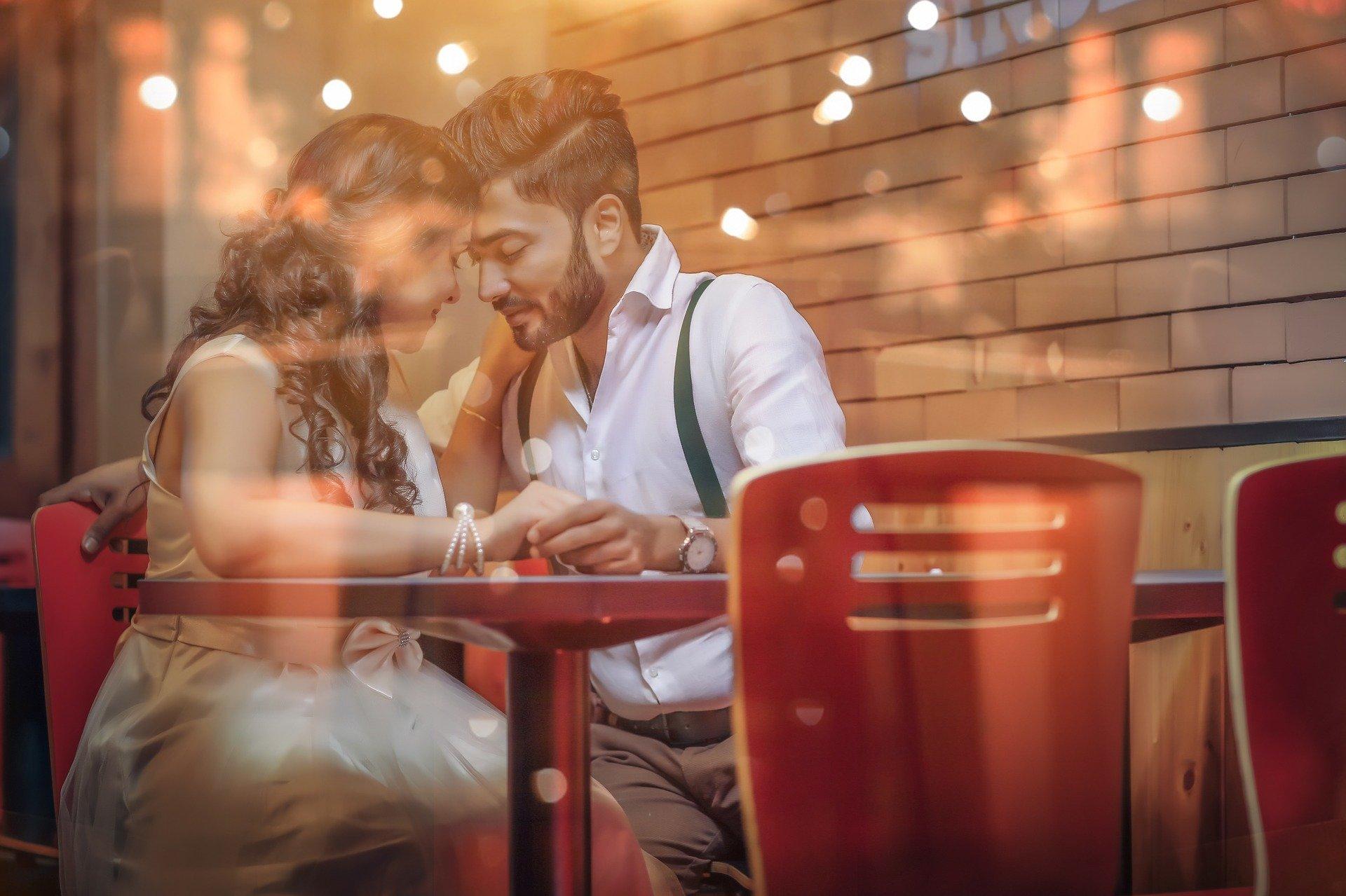 セカンドパートナーで新たな恋の形を見つけ出す時のメリットとデメリットを徹底解説