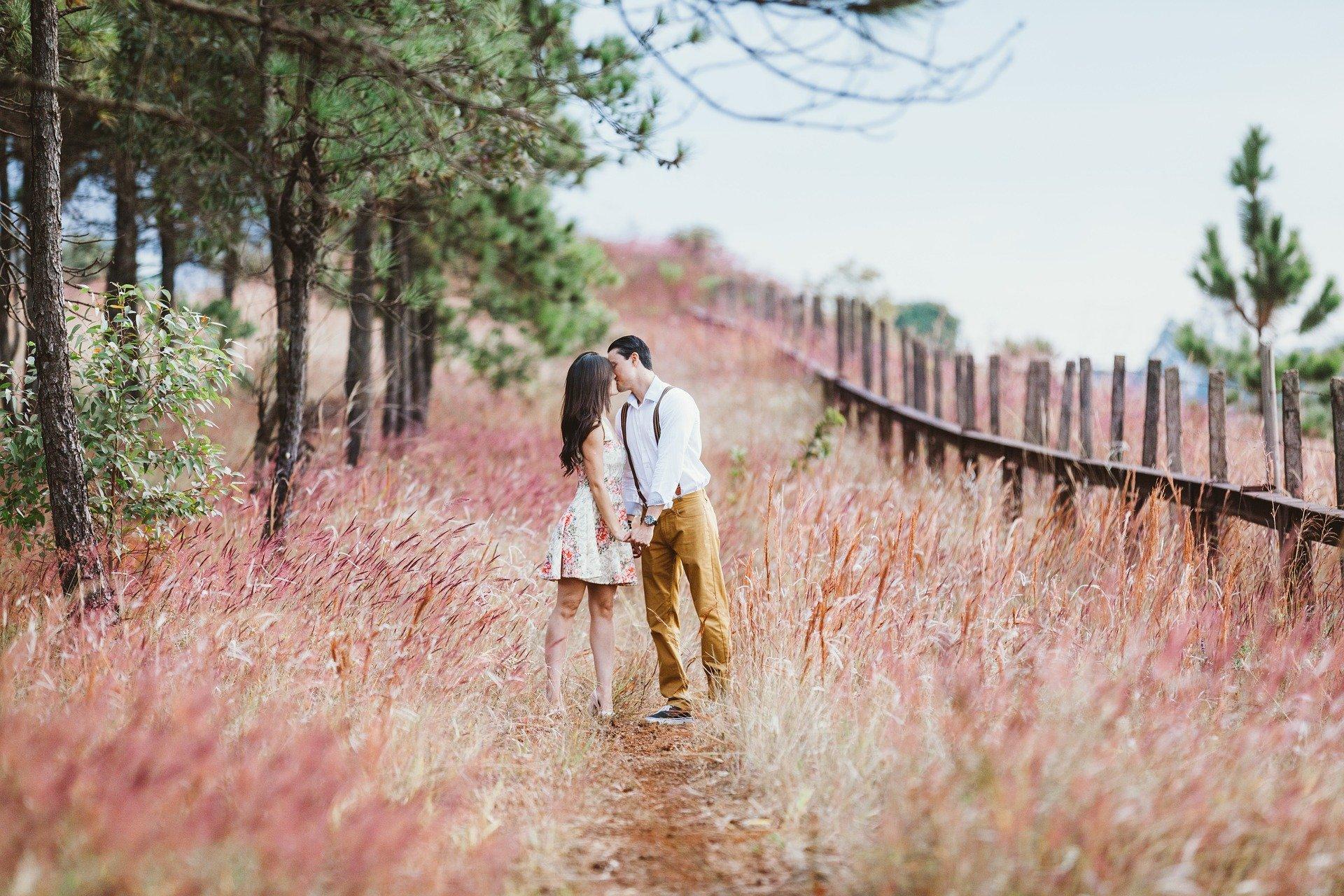 既婚者とのキス!独身女性にキスをする既婚男性の心理と真剣交際に発展させるきっかけの作り方