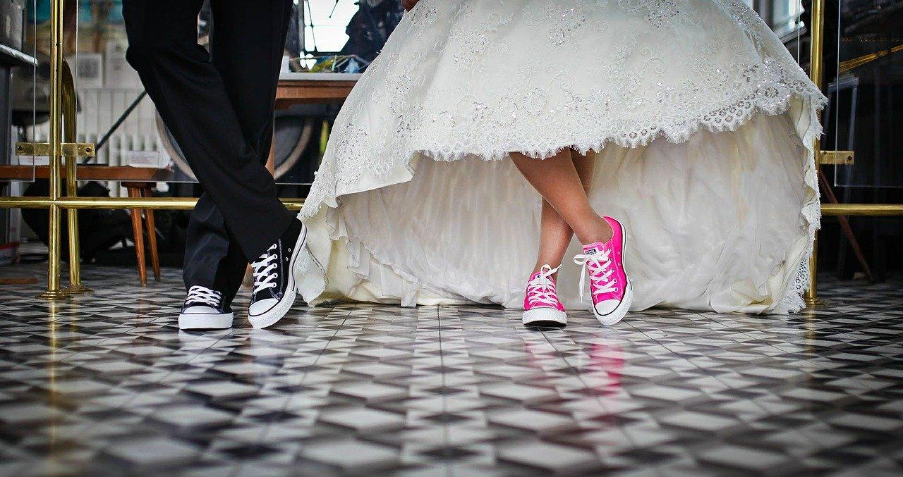 既婚者かどうかの見分け方!結婚の事実を隠したい男性心理と気になる人が既婚者だと分かった時の対処法
